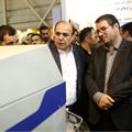 بازدید وزیر صنعت، معدن و تجارت از غرفه نان سحر